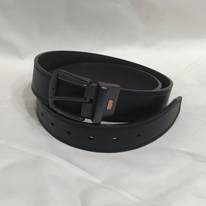 Levi's Accessories - Like New Levi's Reversible Black/Brown Belt